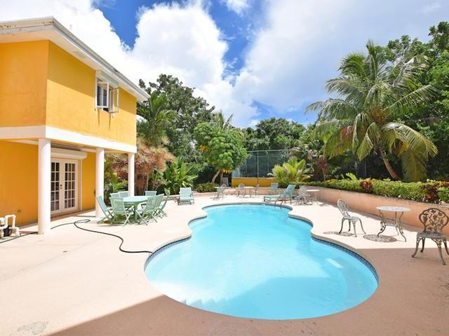 /listing-single-family-home-in-lyford-cay-27248.html from Coldwell Banker Bahamas Real Estate