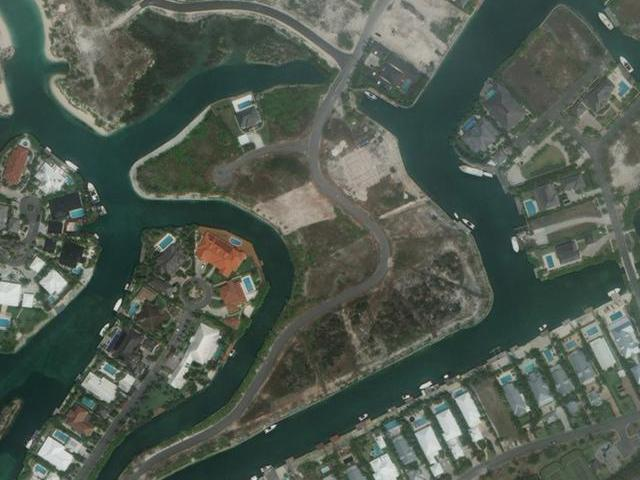 /listing-lots-acreage-in-old-fort-bay-27237.html from Coldwell Banker Bahamas Real Estate