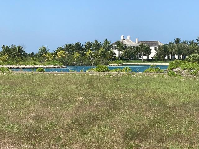/listing-lots-acreage-in-old-fort-bay-27239.html from Coldwell Banker Bahamas Real Estate