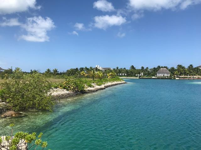 /listing-lots-acreage-in-old-fort-bay-27236.html from Coldwell Banker Bahamas Real Estate