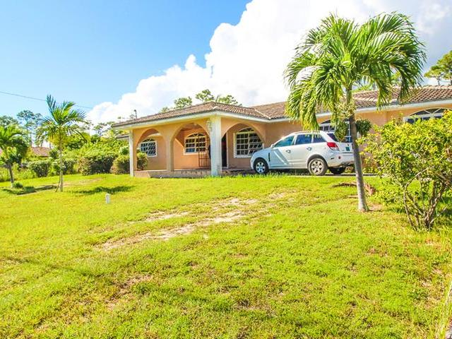 /listing-single-family-home-in-sherwood-forest-33024.html from Coldwell Banker Bahamas Real Estate
