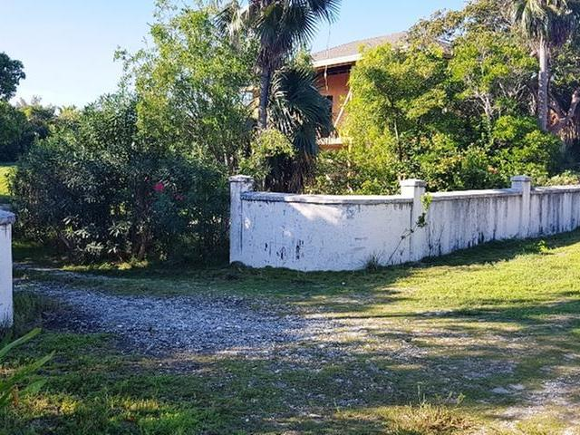/listing-single-family-home-in-governors-harbour-27575.html from Coldwell Banker Bahamas Real Estate