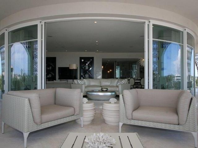 /listing-condo-in-south-ocean-27631.html from Coldwell Banker Bahamas Real Estate