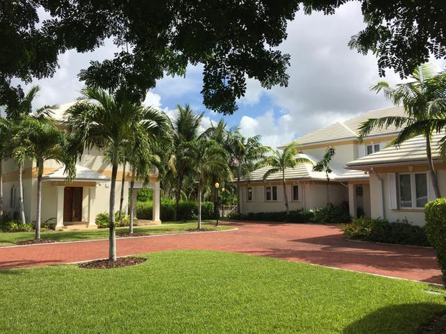 /listing-single-family-home-in-old-fort-bay-27638.html from Coldwell Banker Bahamas Real Estate