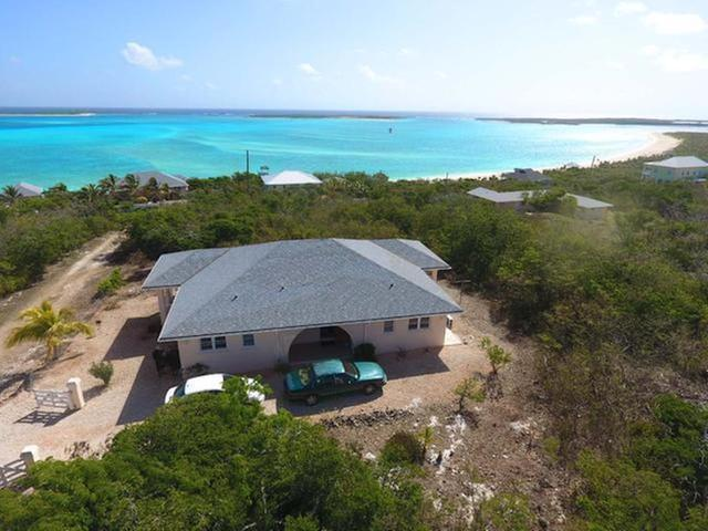/listing-single-family-home-in-lochabar-31552.html from Coldwell Banker Bahamas Real Estate