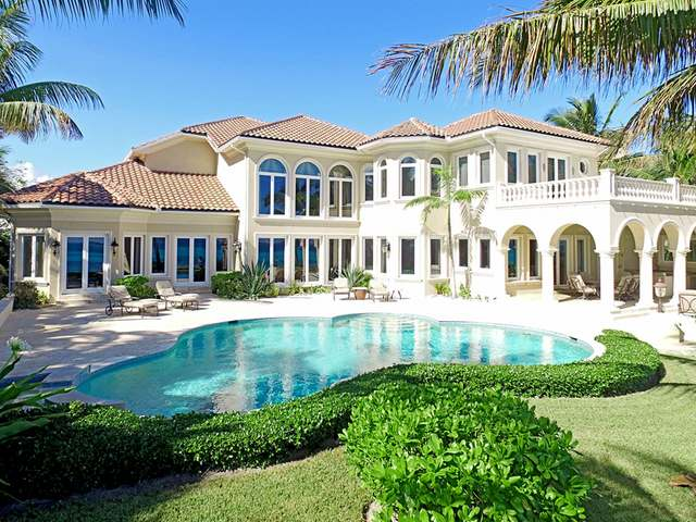 /listing-single-family-home-in-paradise-island-28558.html from Coldwell Banker Bahamas Real Estate
