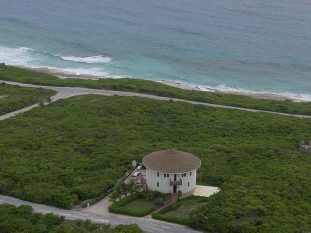 /listing-single-family-home-in-stella-maris-31529.html from Coldwell Banker Bahamas Real Estate