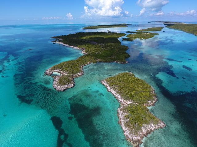 Bahamas Real Estate on Berry Islands For Sale - ID 30377