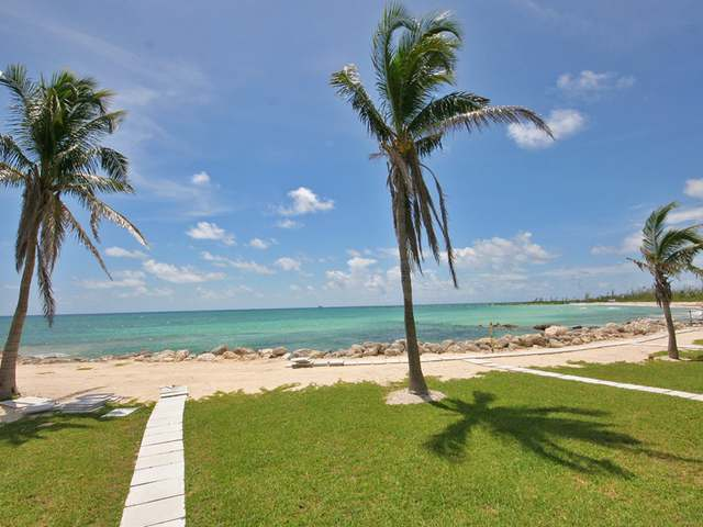 /listing-condo-in-bahama-terrace-yacht-country-club-28268.html from Coldwell Banker Bahamas Real Estate