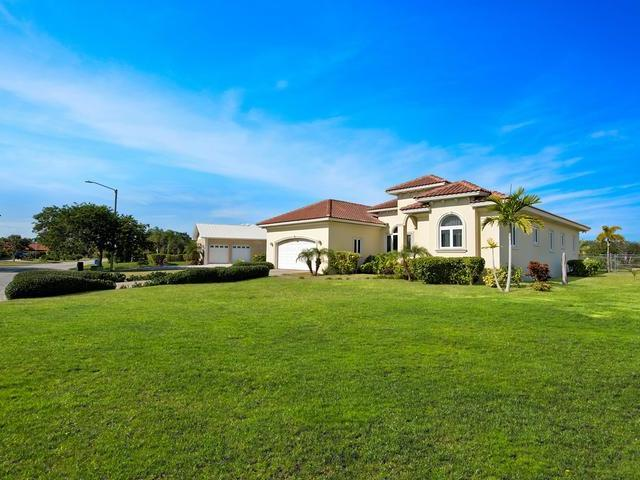 /listing-single-family-home-in-bahamia-28129.html from Coldwell Banker Bahamas Real Estate