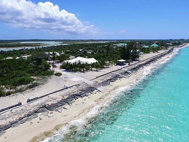/listing-single-family-home-in-hawks-nest-28047.html from Coldwell Banker Bahamas Real Estate