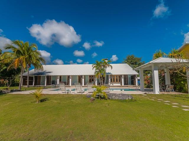 /listing-single-family-home-in-bell-channel-30674.html from Coldwell Banker Bahamas Real Estate