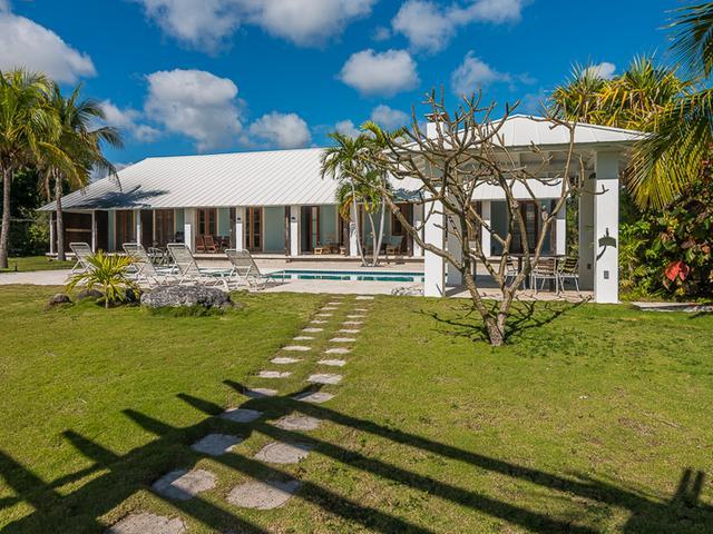 /listing-single-family-home-in-bell-channel-30692.html from Coldwell Banker Bahamas Real Estate