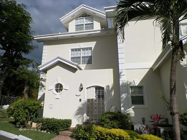 /listing-condo-in-paradise-island-28765.html from Coldwell Banker Bahamas Real Estate