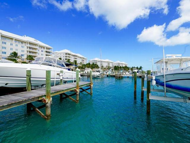 /listing-dock-in-paradise-island-31601.html from Coldwell Banker Bahamas Real Estate