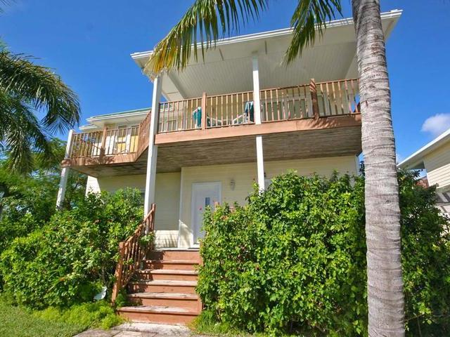 /listing-single-family-home-in-fortune-beach-28969.html from Coldwell Banker Bahamas Real Estate