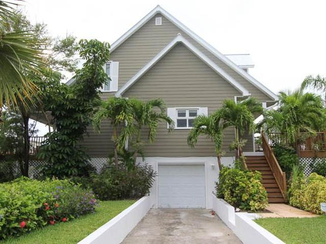 /listing-single-family-home-in-fortune-bay-30683.html from Coldwell Banker Bahamas Real Estate
