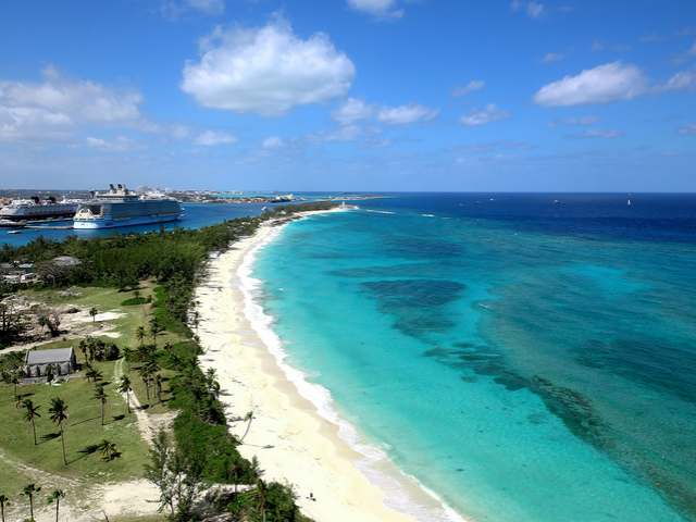 /listing-condo-in-paradise-island-29405.html from Coldwell Banker Bahamas Real Estate