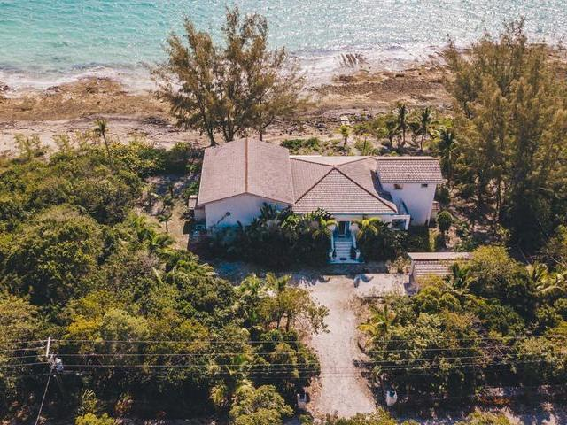 /listing-single-family-home-in-palmetto-point-30622.html from Coldwell Banker Bahamas Real Estate