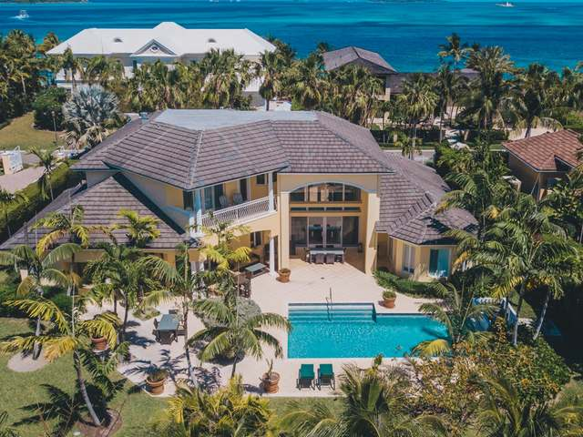 /listing-single-family-home-in-paradise-island-29634.html from Coldwell Banker Bahamas Real Estate