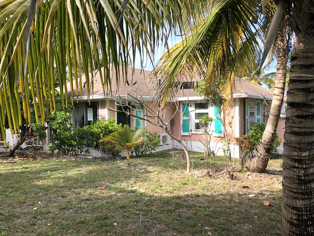 /listing-single-family-home-in-green-turtle-cay-30822.html from Coldwell Banker Bahamas Real Estate