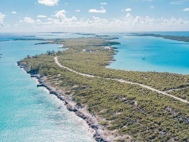 Bahamas Real Estate on Exumas For Sale - ID 29660