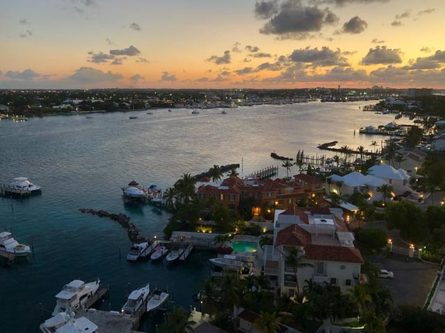 /listing-condo-in-paradise-island-29684.html from Coldwell Banker Bahamas Real Estate