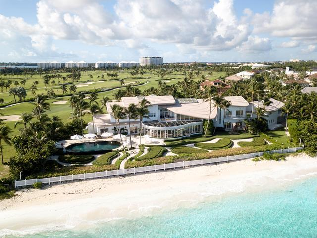 /listing-single-family-home-in-paradise-island-29762.html from Coldwell Banker Bahamas Real Estate