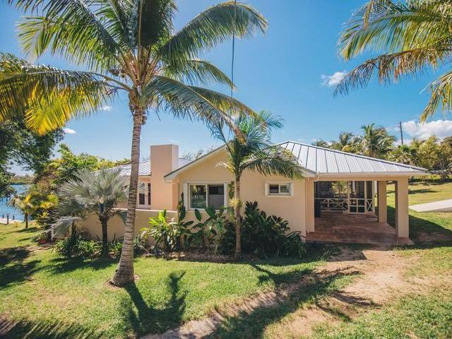 /listing-single-family-home-in-green-turtle-cay-29833.html from Coldwell Banker Bahamas Real Estate