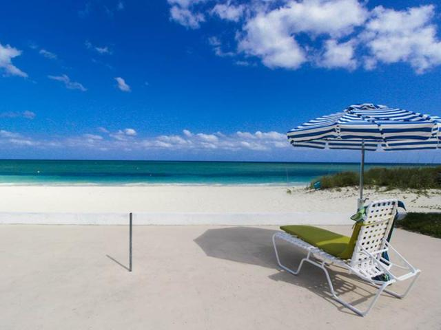 /listing-condo-in-lucaya-30685.html from Coldwell Banker Bahamas Real Estate