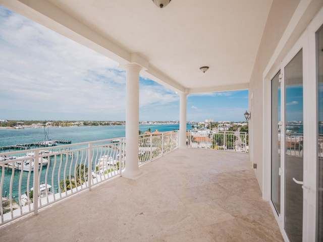 /listing-condo-in-paradise-island-31642.html from Coldwell Banker Bahamas Real Estate