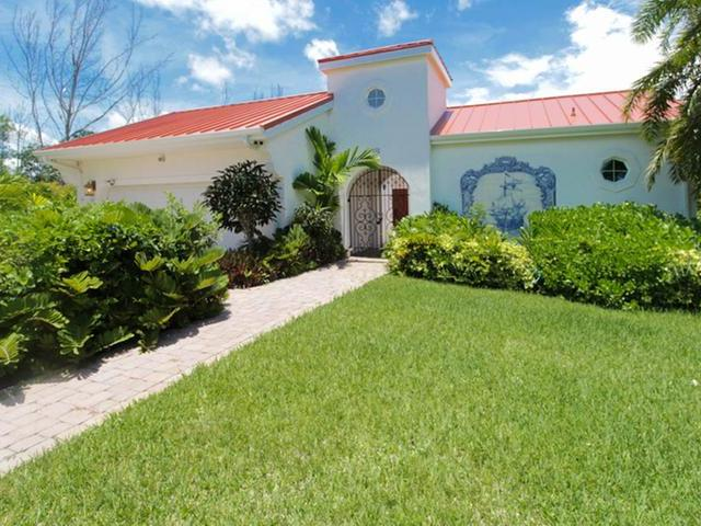 /listing-single-family-home-in-colony-bay-30688.html from Coldwell Banker Bahamas Real Estate