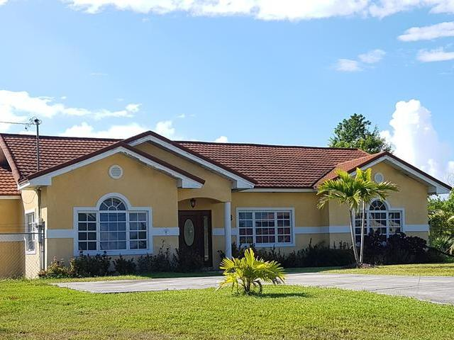/listing-single-family-home-in-lucaya-33966.html from Coldwell Banker Bahamas Real Estate