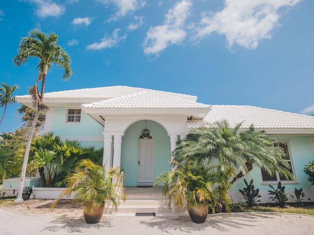/listing-single-family-home-in-lyford-cay-30245.html from Coldwell Banker Bahamas Real Estate