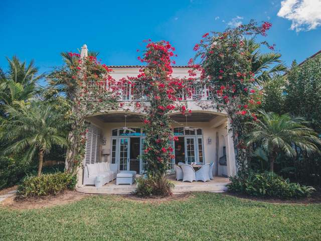/listing-single-family-home-in-old-fort-bay-30239.html from Coldwell Banker Bahamas Real Estate