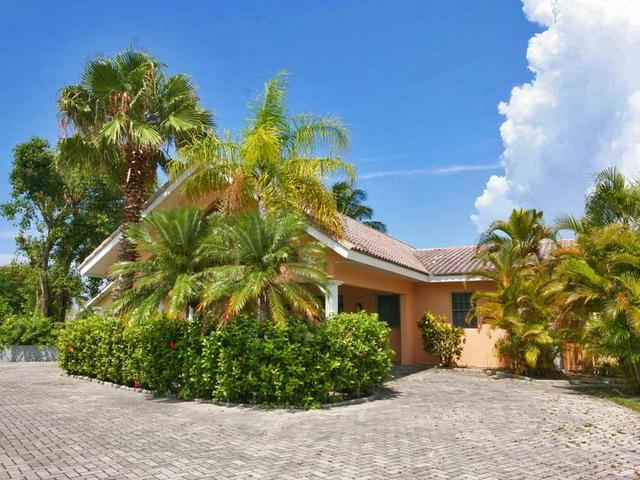 /listing-single-family-home-in-bahamia-30546.html from Coldwell Banker Bahamas Real Estate