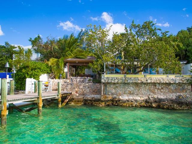 /listing-single-family-home-in-harbour-island-30600.html from Coldwell Banker Bahamas Real Estate