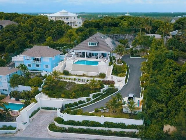 /listing-single-family-home-in-west-bay-street-31316.html from Coldwell Banker Bahamas Real Estate