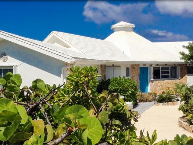 /listing-single-family-home-in-columbus-landings-30891.html from Coldwell Banker Bahamas Real Estate