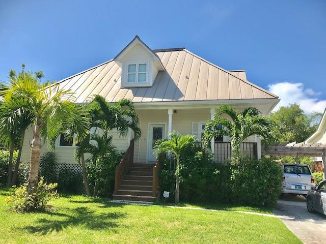 /listing-single-family-home-in-fortune-beach-31043.html from Coldwell Banker Bahamas Real Estate