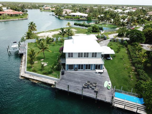 /listing-single-family-home-in-fortune-bay-30980.html from Coldwell Banker Bahamas Real Estate