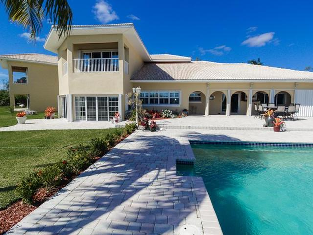 /listing-single-family-home-in-colony-bay-30971.html from Coldwell Banker Bahamas Real Estate
