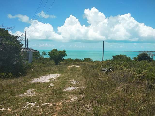 /listing-lots-acreage-in-salt-pond-31113.html from Coldwell Banker Bahamas Real Estate