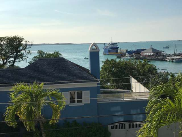 /listing-single-family-home-in-harbour-island-31137.html from Coldwell Banker Bahamas Real Estate