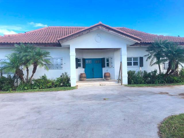 /listing-single-family-home-in-bahama-terrace-yacht-country-club-31415.html from Coldwell Banker Bahamas Real Estate