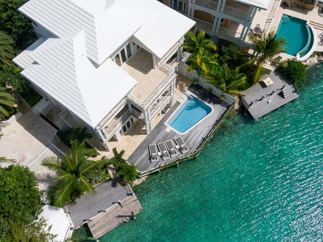 /listing-single-family-home-in-february-point-33532.html from Coldwell Banker Bahamas Real Estate