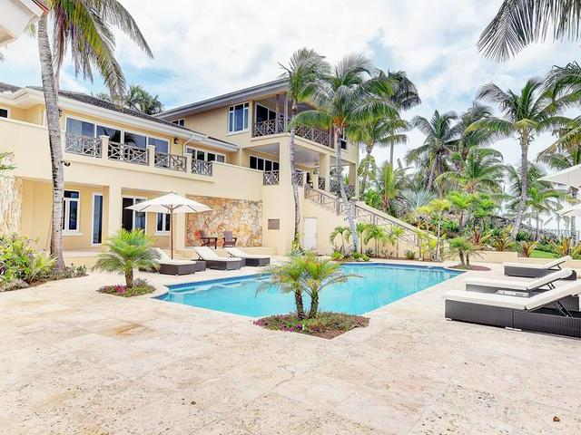 /listing-single-family-home-in-old-fort-bay-31680.html from Coldwell Banker Bahamas Real Estate