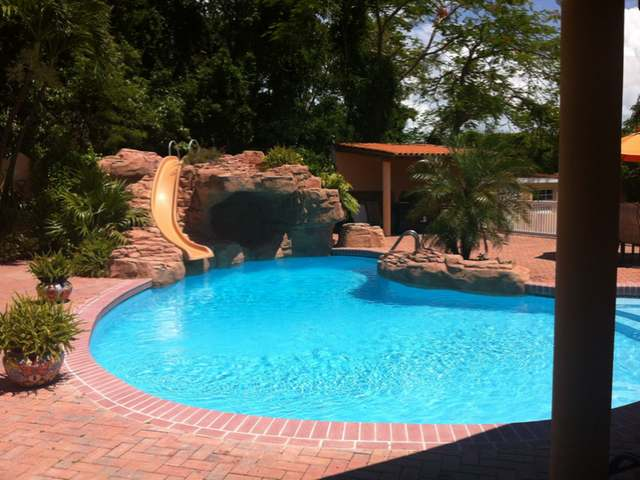 /listing-single-family-home-in-eastern-road-34608.html from Coldwell Banker Bahamas Real Estate