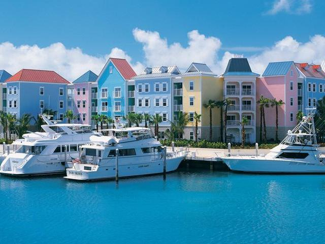 /listing-resort-hotel-in-paradise-island-32548.html from Coldwell Banker Bahamas Real Estate