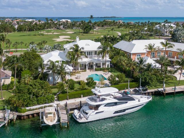 /listing-single-family-home-in-paradise-island-36866.html from Coldwell Banker Bahamas Real Estate